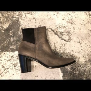 CORSO COMO DK. TAUPE SHIMMER LEATHER ANKLE BOOT